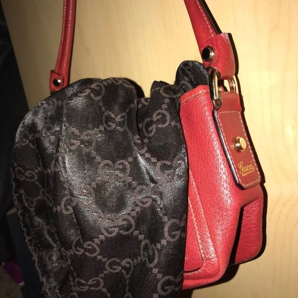 bfb9208d8998 Gucci Handbags - Gucci red d ring mini hobo